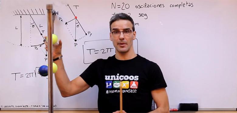 David Calle: El profesor youtuber con millones de alumnos